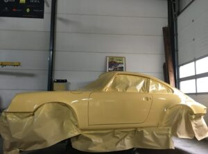 In restauration progress: Very rare Porsche 911 2.7  Carrera   1975.